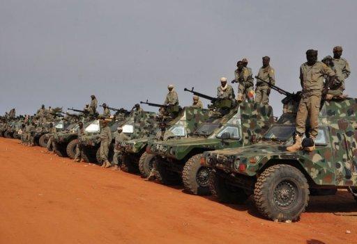 Soldats tchadiens le 24 janvier 2013 près de Niamey AFP/Archives Boureima Hama