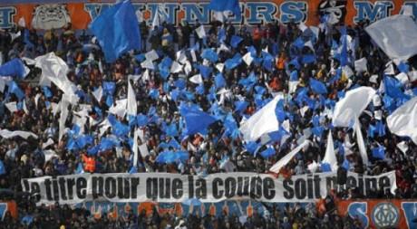 Supporters de l'Olympique de Marseille au stade vélodrome: Jean-Paul Pelissier / Reuters
