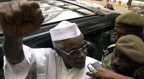 Hissène Habré à Dakar en novembre 2005. REUTERS/Aliou Mbaye