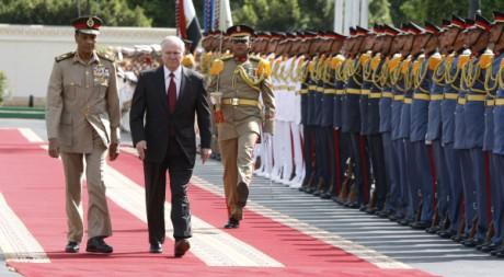 Robert Gates, le secrétaire de la Défense US en visite au ministère de la Défense égyptien, le 5 mai 2009. REUTERS/Jason Reed