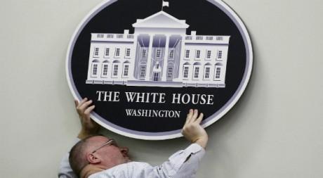 Le 11 mars 2011 avant une conférence de presse de Barack Obama. Reuters/Jim Young