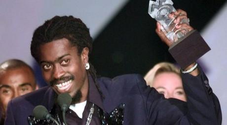 Le chanteur de reggae Beenie Man lors d'une remise de prix à Londres. Reuters/Gus Ruelas