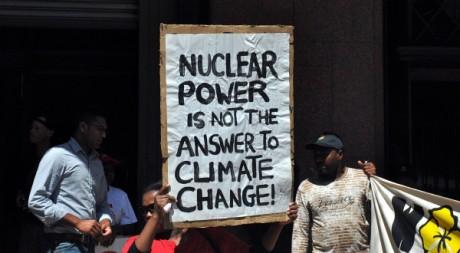 Manifestation antinucléaire à Johannesburg, le 17 mars. © Sophie Bouillon. Tous droits réservés