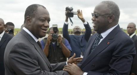 Alassane Ouattara et Laurent Gbagbo à Yamoussoukro en 2006. Reuters/Luc Gnago
