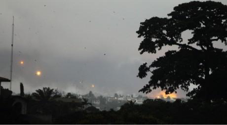 Des explosions à Abidjan, 4 avril 2011. Reuters/STR New