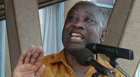 Un discours de Laurent Gbagbo à Abidjan, le 13 janvier 2001. Reuters/Str Old