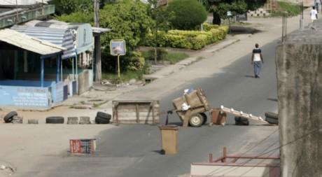 Près d'Abidjan le 2 avril. Reuters/Thierry Gouegnon
