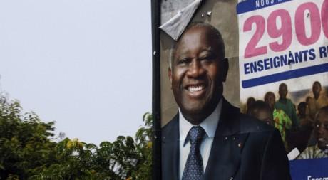 Une affiche électorale pour la campagne de Laurent Gbagbo, le 14 avril 2011, à Abidjan. REUTERS/Finbarr O'Reilly