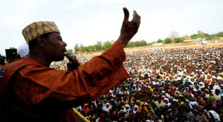 Boni Yayi en campagne électorale, le 24 février à Cotonou. Reuters/Charles Placide Tossou