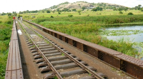 Uganda railways assessment 2010, by US Army Africa via Flickr CC
