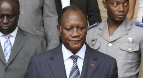 Alassane Ouattara lors de sa première visite au palais présidentiel d'Abidjan, le 28 avril 2011. REUTERS/Luc Gnago