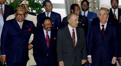 Les présidents Mobutu, Bongo et Mitterrand au sommet de La Baule en 1990. REUTERS/STR New