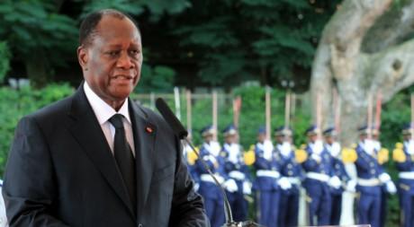 Alassane Ouattara lors d'un discours au palais présidentiel d'Abidjan, 12 mai 2011. REUTERS/Thierry Gouegnon