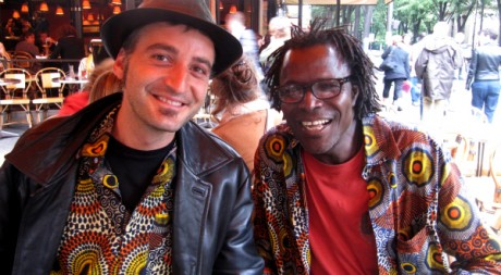 Vladimir Cagnolari et Soro Solo, les animateurs de L'Afrique Enchantée © Sabine Cessou, tous droits réservés.