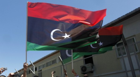 Drapeaux libyens, le 22 août 2011. REUTERS/Osman Orsal