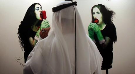 Salle des ventes Christie's à Dubai, le 24 octobre 2010. AFP PHOTO/KARIM SAHIB