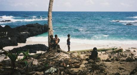 Praia Joana, Ilheu das Rolas, São Tomé, by Maria Cartas via Flickr CC