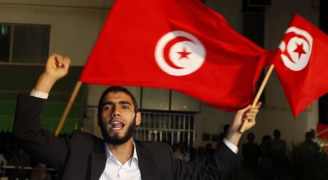 Un militant d'Ennahda, à Tunis, le 25 octobre 2011. REUTERS/Anis Mili