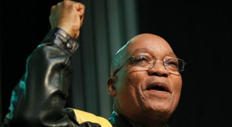 Jacob Zuma lors d'un discours devant son parti, l'ANC, août 2010. REUTERS/Mike Hutchings.