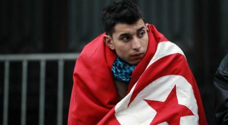 Un manifestant tunisien originaire des zones rurales marginalisées, à Tunis, le 28 janvier 2011. REUTERS/Louafi Larbi