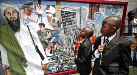 Nairobi, le 7 août 2007, sur les lieux dun attentat islamiste. REUTERS / Finbarr O'Reilly
