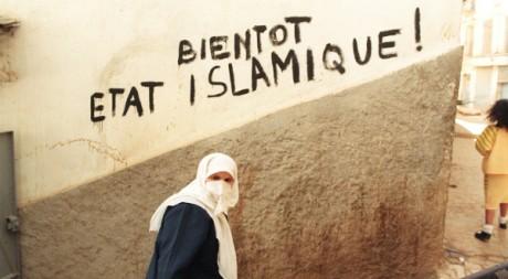 A Alger le 19 janvier 1992. AFP/ANDRE DURAND ABDELHAK SENNA