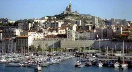 Vue du port de Marseille. REUTERS/Stringer .
