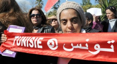 Manifestation contre les Salafistes à Tunis le 18 février 2012. AFP/FETHI BELAID