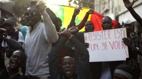 Manifestation à Dakar, le 24 février 2012. REUTERS