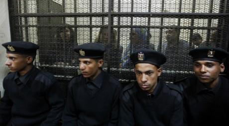 Procès des activistes égyptiens et étrangers au Caire le 26 février 2012. Reuters/Mohamed Abd El Ghany
