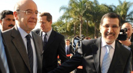 Les ministres français et marocain des Affaires étrangères Alain Juppé et Sadd Eddine à Rabat le 9 mars 2012. AFP/ABDELHAK SENNA