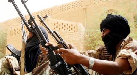 Reprise de la ville de Kidal par l'armée malienne contre les Touareg, le 26 mai 2006. AFP/KAMBOU SIA