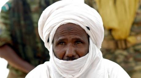 Chef touareg au Niger le 5 mars 2005. Reuters