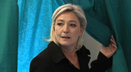 Marine Le Pen à Hénin-Beaumont le 22 avril 2012. REUTERS/Pascal Rossignol