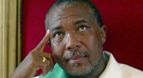 Charles Taylor lors d'une cérémonie, Monrovia, Août 2003, REUTERS/Juda Ngwenya