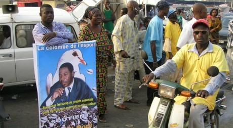 Taxi moto à Cotonou, la capitale économique du Bénin. AFP / ERICK-CHRISTIAN AHOUNOU
