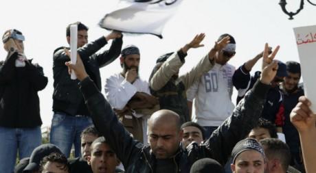 Manifestation de salafistes demandant l'inclusion de la Charia dans la Constitution tunisienne REUTERS/Zoubeir Souissi