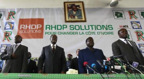 Ouattara investi candidat du RHDP pour le second tour de la présidentielle ivoirienne, 10 nov. 2010, REUTERS/Thierry Gouegnon