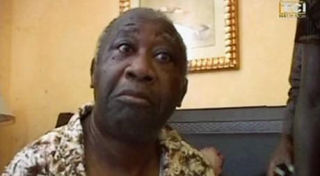 Capture d'image de l'arrestation de Laurent Gbagbo, Abidjan, 11 avril 2011, REUTERS/Reuters TV