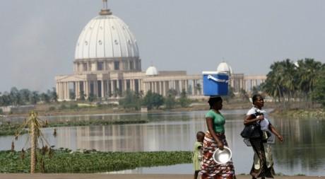 Une vue de la basilique de Yamoussoukro, février 2010. © REUTERS/Luc Gnago