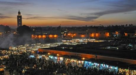 La place Jamaa el-Fna à Marrakech © Jorge Lascar/Flickr/CC