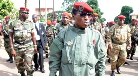 Moussa Dadis Camara lors de la fête de l'indépendance, à Conakry, 2 octobre  2009, AFP photo/Seyllou Diallo