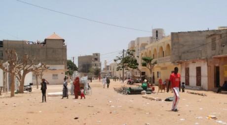 Quartier de Guediawaye à Dakar, 15 avril 2012 © ilmotorediricerca/flickr
