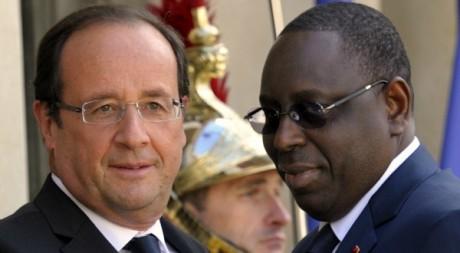 Macky Sall et François Hollande à l'Elysée, le 6 juillet 2012. REUTERS/Philippe Wojazer