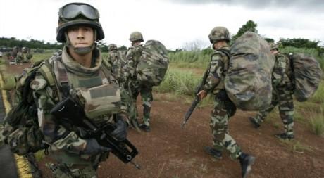 Forces françaises en Côte d'Ivoire à Man, le 25 septembre 2008. Luc Gnago / Reuters