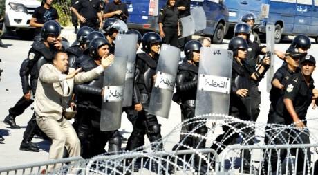 Manifestation à Tunis le 14 septembre 2012. REUTERS/Zoubeir Souissi