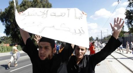Manifestation du FIS (Front islamique du Salut) à Alger le 14 septembre 2012. REUTERS/ Louafi Larbi