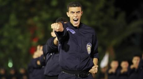 Célébration des 50 ans du jour de la police en Algérie, Alger, 22 juillet 2012. REUTERS/Louafi Larbi