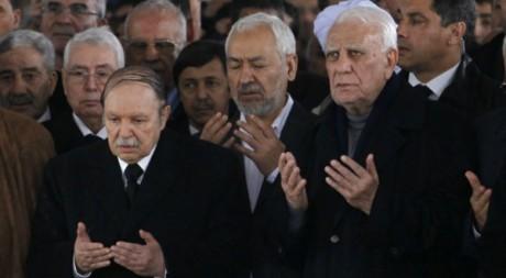 Le président algérien Bouteflika et Chadli Bendjedid aux funérailles d'Ahmed Ben Bella. Louafi Larbi / Reuters
