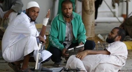 Combattants de Mouammar Kadhafi à Misrata le 26 octobre 2011.Reuters/Thaier Al-Sudani